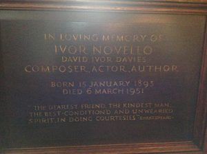 ivor-plaque-actors-church